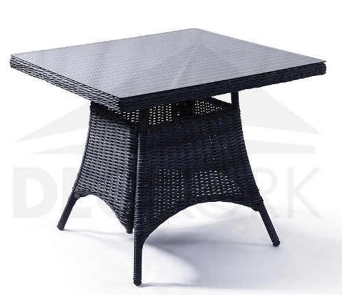 Čtvercový konferenční stolek z umělého ratanu se skleněnou deskou