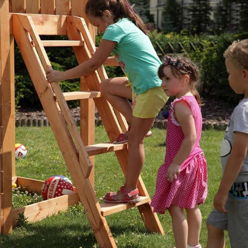 dětské zahradní hřiště z kvalitního materiálu