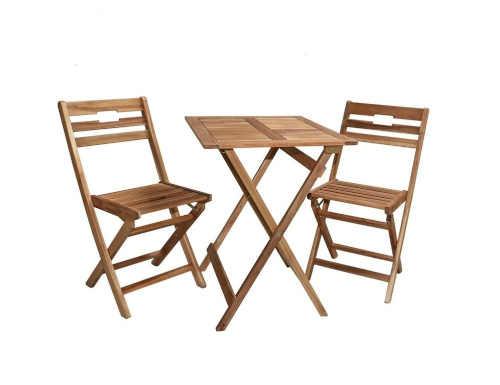praktický stolek ze dřeva