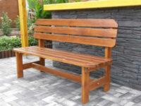 Zahradní dřevěná lavice s opěrkou