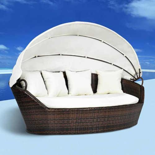 luxusní zahradní postel s baldachýnem