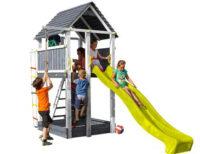 Dětské hřiště se skluzavkou a domečkem