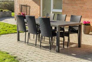 Set zahradního nábytku v ratanovém designu