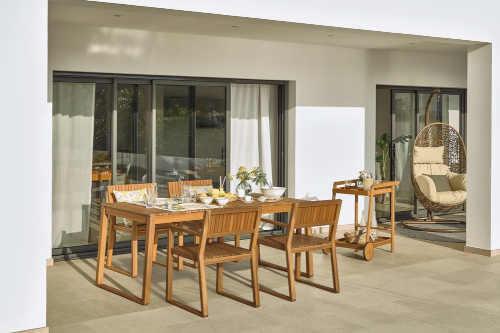 zahradní stůl ze dřeva Bonami